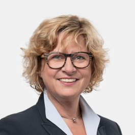 Doris Mayr